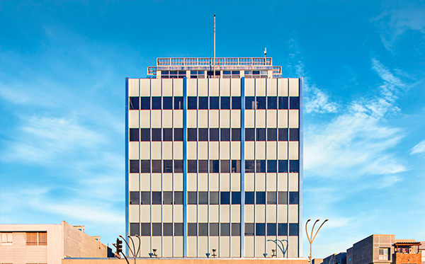 KB Van Nuys, DST - The Phoenix Building